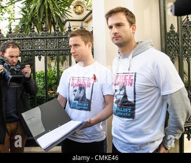 London, UK, 11.02.2013: The Free Kieron Bryan-Kampagne hält einen stillen Protest. Die kostenlose Kieron Bryan Kampagne - Stockfoto