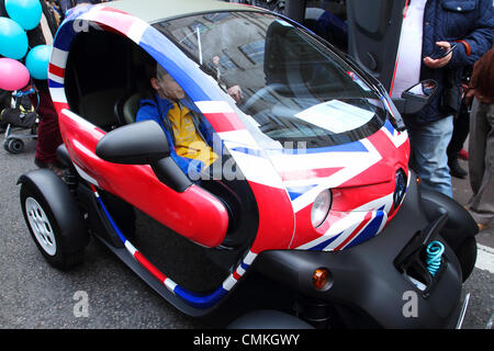 Der Renault Twizy Elektrofahrzeug, Regent Street Open-Air Autosalon 2013, London, UK - Stockfoto