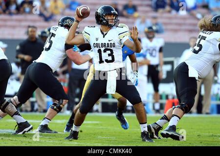 Pasadena, Kalifornien, USA. 2. November 2013. 2. November 2013 Pasadena, Kalifornien, USA: Colorado Buffaloes quarterback - Stockfoto