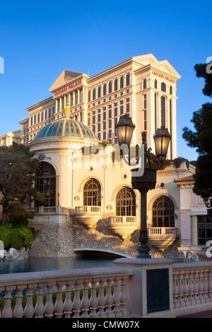 Am frühen Morgensonnenlicht auf Caesars Palace, Las Vegas, Nevada, USA - Stockfoto