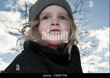 Mädchen in der Natur - Stockfoto