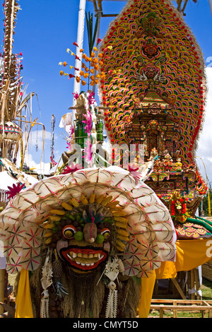 Angebote im Tempel-Zeremonie am Besakih, Mutter Tempel, Bali, Indonesien - Stockfoto