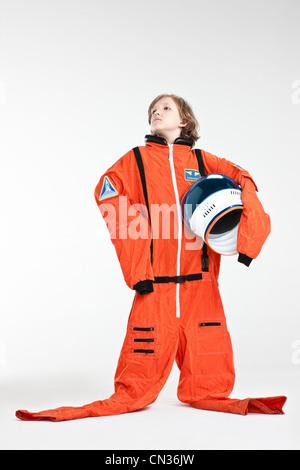 Junge als Astronaut verkleidet - Stockfoto