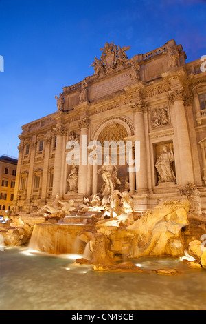 Rom - Fontana di Trevi Abend - Stockfoto