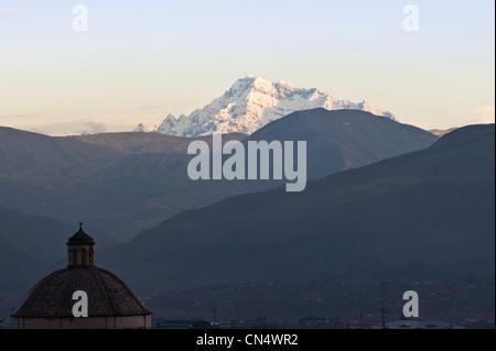 Peru, Cuzco Provinz, Cuzco, aufgeführt als Weltkulturerbe von der UNESCO, die schneebedeckten Gipfel des Ausangate - Stockfoto