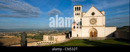 Italien, Umbrien, Assisi, San Francesco Basilica von der UNESCO als Welterbe gelistet - Stockfoto