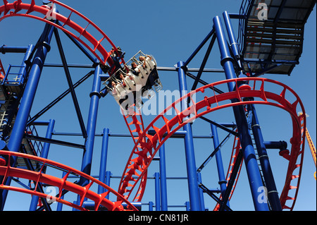 USA New York City NY New York Brooklyn Coney Island Amusement Park und Strand der Soarin' Adler-Achterbahn - Stockfoto