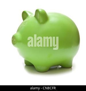 Grüne Sparschwein Spardose isoliert auf einem weißen Studio-Hintergrund. - Stockfoto