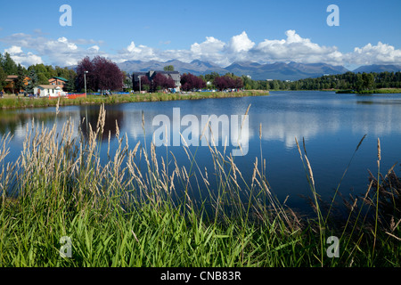 Sommer malerische Westchester Lagune in der Innenstadt von Anchorage, Alaska Yunan, Sommer - Stockfoto