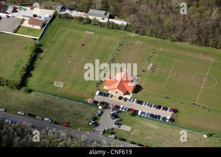 Luftbild des Sonntagmorgen Fußballs im Tibs Football Club, Thornaby, Stockton on Tees