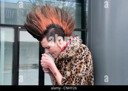 Punk-Schüler Rauchen - Stockfoto