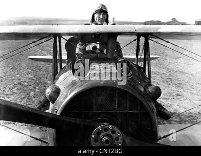Digital restauriert Vektor Foto des ersten Weltkrieges Fighter Ace und Ehrenmedaille Empfänger, Eddie Rickenbacker - Stockfoto