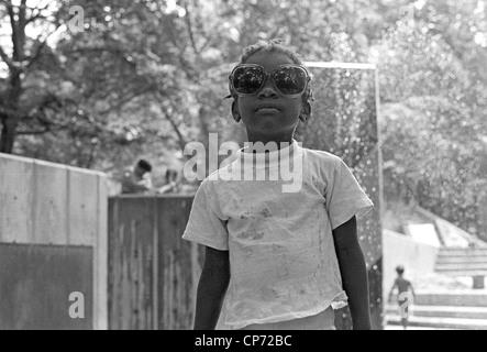 Porträt der jungen Mädchen in Harlem in New York City 1970 - Stockfoto