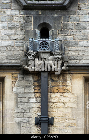 Braesnose College Wasserspeier aus Stein und Abflussrohre, Oxford University. Oxford, Oxfordshire, England - Stockfoto