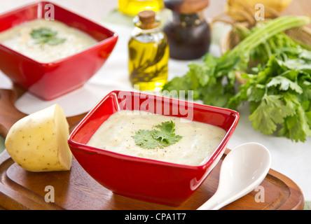 kartoffel creme suppe stockfoto bild 70111568 alamy. Black Bedroom Furniture Sets. Home Design Ideas
