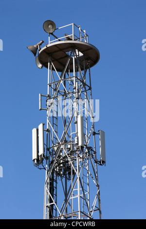 Ein Handy-Kommunikation Repeater Antenne. - Stockfoto
