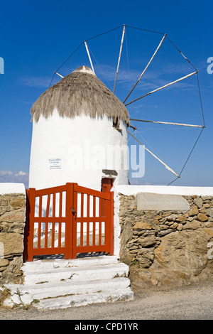 Bonis Windmühle im Folklore Museum in Mykonos-Stadt, Insel Mykonos, Cyclades, griechische Inseln, Griechenland, - Stockfoto