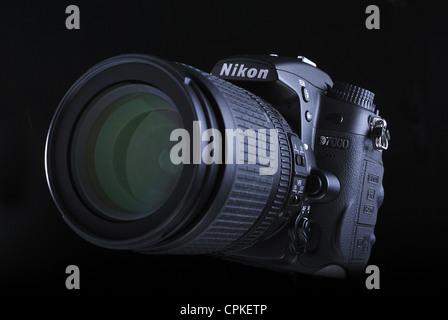 Digitale SLR-Kamera Nikon D7000 - Stockfoto