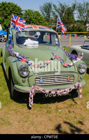 Morris Minor Auto dekoriert für die Königin Diamond jubilee - Stockfoto