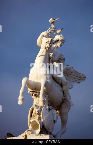 Frankreich, Paris, Statue in der Jardin des Tuileries - Stockfoto
