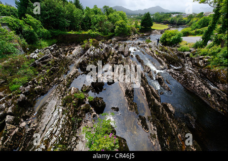 Sneem River, Sneem, Ring of Kerry, County Kerry, Irland, Europa - Stockfoto