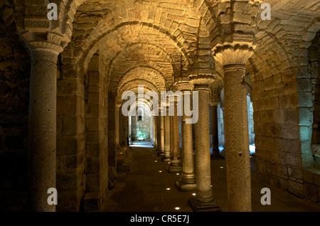 Italien, Toskana, in der Nähe von Chiusi, Monte Amiata, Abbadia San Salvatore, Krypta aus dem 8. Jahrhundert der - Stockfoto
