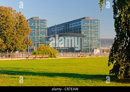 Berlin Hauptbahnhof Lehrter Bahnhof Regierung Viertel, Berlin, Deutschland, Europa, PublicGround - Stockfoto