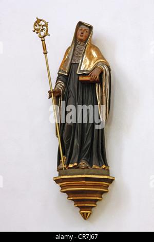 Hildegard von Bingen, ca. 1098 - 17.9.1179, Deutsche Heiliger, Mystiker und Heiler, volle Länge, Basilika Sankt - Stockfoto