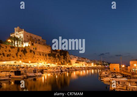 Spanien, Balearen, Menorca, Ciutadella, historischen alten Hafen und Altstadt Zentrum - Stockfoto