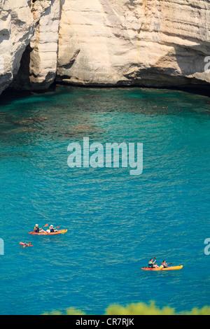 Spanien, Balearen, Menorca, Cala Mitjana - Stockfoto