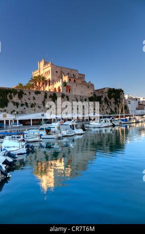 Spanien, Balearen, Menorca, Ciutadella, Altstadt und alten Hafen - Stockfoto