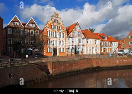 Historische Fachwerkhäuser und Bürgermeister-Hintze-Haus-Haus in der alten Stadt Stade, Niedersachsen, Deutschland, - Stockfoto