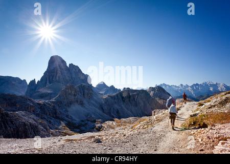 Klettersteig Croda Dei Toni : Geführter exklusiver klettersteig an der drachenwand für