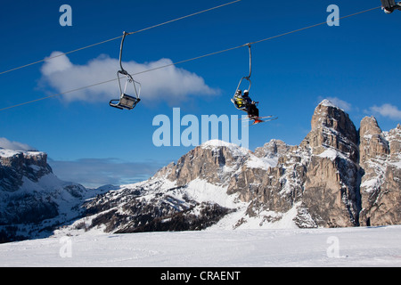 Skilift, Skigebiet Alta Badia, La Villa Stern vor Sassongher Berg, 2665 m, Dolomiten, Italien, Europa - Stockfoto