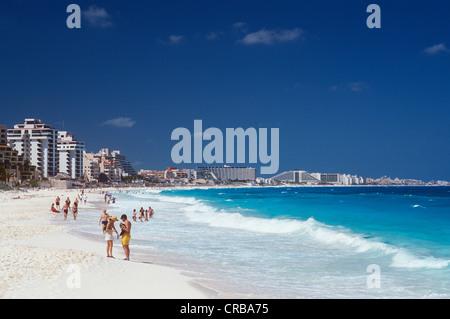 Strand, Playa Delfines, Cancun, Caribbean, Quintana Roo, Halbinsel Yucatan, Mexiko, Nordamerika - Stockfoto