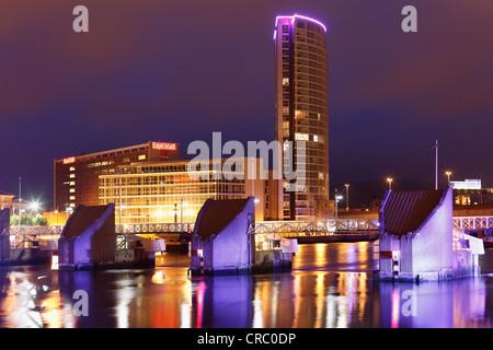 Obel Turm, Lagan Weir, Belfast, Nordirland, Irland, Großbritannien, Europa, PublicGround - Stockfoto