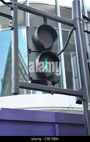 Grüner Mann Ampel - Stockfoto