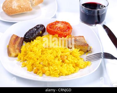 Arroz al Horno – Ofen gekochtem Reis - Stockfoto