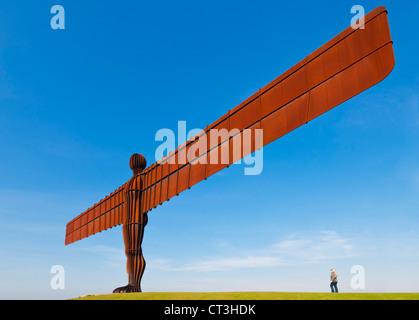 Engel der Skulptur von Antony Gormley Gateshead Newcastle-upon-Tyne England gb uk Eu Europa Nord - Stockfoto