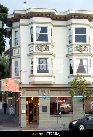 Buena Vista Café an der Uferpromenade in San Francisco, Kalifornien, USA. - Stockfoto