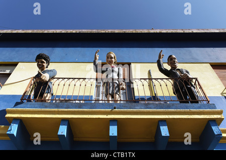 Carlos Gardel, Diego Maradonna, Evita Peron auf Balkon in La Boca, Buenos Aires, Argentinien - Stockfoto