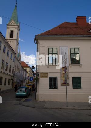 Oberstadt, Zagreb, Kroatien - Museum der zerbrochenen Beziehungen und Ciril St. Greekcatholic Kirche - Stockfoto
