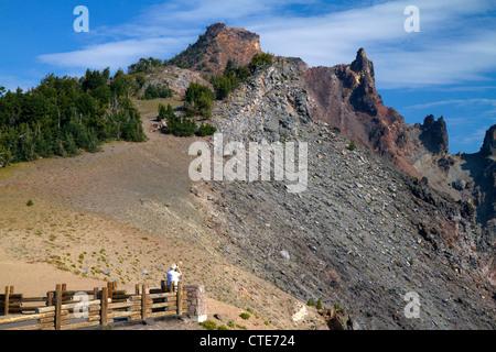Scenic Overlook am Crater Lake National Park befindet sich im südlichen Oregon, USA.