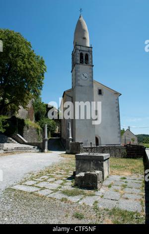 Kirche des Propheten Daniel in Štanjel - Stockfoto