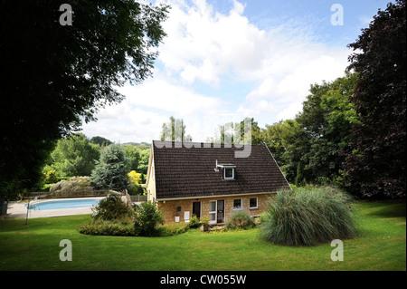 ... Ein Einfamilienhaus In Bath, Somerset, Die In Einem 70er Jahre Stil  Dekoriert Ist,