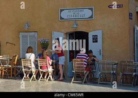 frankreich var azure k ste in der n he von saint tropez pampelonne beach stockfoto bild. Black Bedroom Furniture Sets. Home Design Ideas