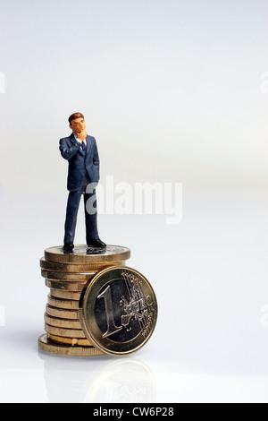 Figur Mit 1 Euro Münze Usa Amerika Stockfoto Bild 49936153 Alamy