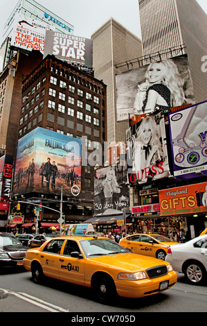 Times Square Broadway New York City Guess Mode - Stockfoto