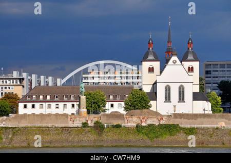 Alt St. Heribert Klosterkirche, Deutschland, Nordrhein-Westfalen, Köln - Stockfoto
