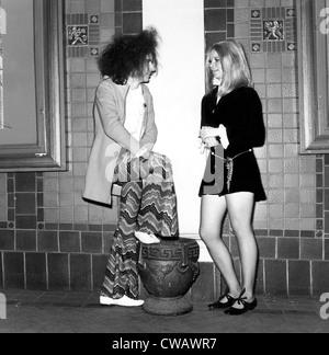 Hippies in der Mode der 60er Jahre, 7. November 1968... Höflichkeit: CSU Archive / Everett Collection - Stockfoto
